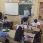 В классах начальной школы были проведены профилактические беседы о правилах безопасности на ж/д и водоëмах.