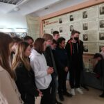 Обучающиеся 9А класса посетили зал воинской славы при Выставочном зале г.о. Сызрань.